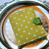~green dots~ organic mini tea on the go