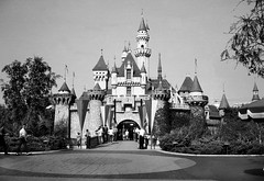 Sleeping Beauty Castle -- 1964 (arbyreed) Tags: disneyland oc arbyreed orangecountyhistory sixtiesorangecounty ochistory disneyland1964 sleepingbeautycastle1964