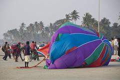 Paragliding on Colva beach 3 (Pondspider) Tags: sea india beach evening goa paragliding colva parachute colvabeach anneroberts salcette annecattrell pondspider