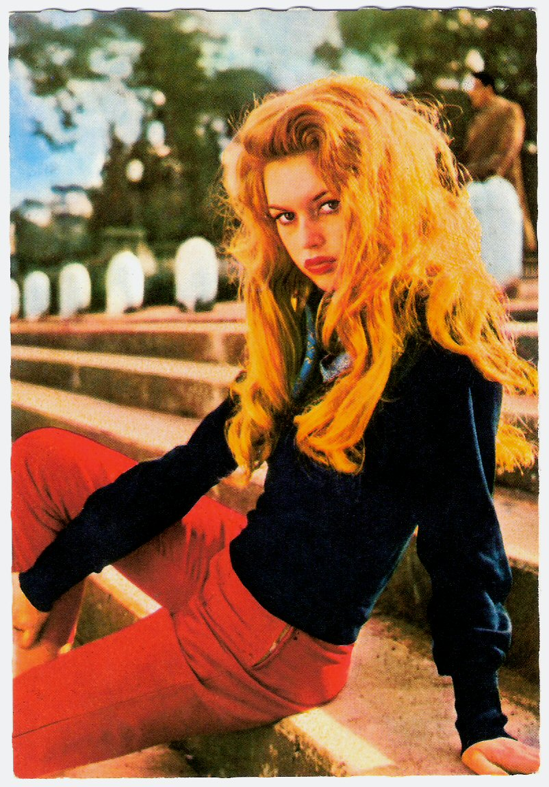 Brigitte Bardot. go back