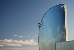 Barcelona Hotel Vela W (cpcmollet) Tags: barcelona hotel w vela ricardobofill