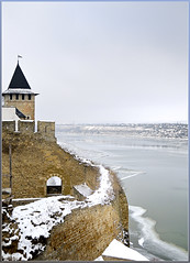 The Khotyn Fortress /   (OleksiyM) Tags: trip travel winter light vacation sky holiday heritage history ice water wall museum architecture river geotagged construction arquitectura nikon war eau europe day battle ukraine cossack fortaleza fortification fortress burg ua forteresse worldheritage  d300 zamek historicalsites dnestr rzeka  1621   musum 1673 cossak  chocim oekrane khotyn    khmelnytskyi hotyn platinumheartaward ukrainie     nikonflickraward  battleofkhotyn
