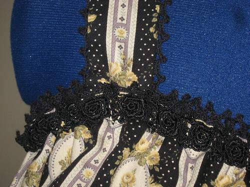 Black Rose Cameo Jumperskirt 022