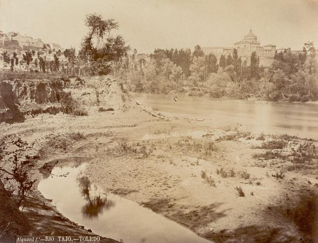 Toledo hacia 1880. Foto de Casiano Alguacil. Image by © Alinari Archives/CORBIS