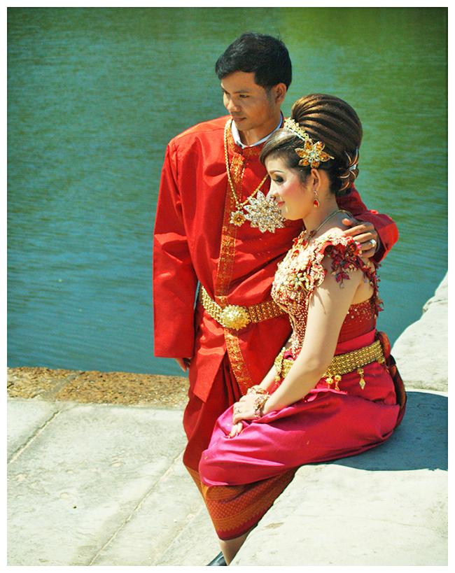 Reminiscencje wakacyjne – sesja ślubna w Kambodży