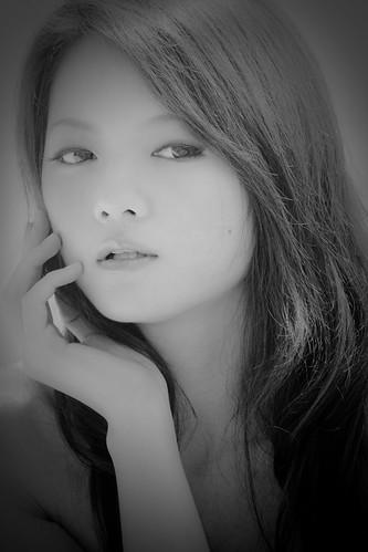 フリー写真素材, 人物, 女性, アジア女性, イベントコンパニオン, モノクロ写真,
