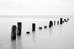 Posts, Berrow, 30 seconds (tubb) Tags: longexposure blackandwhite somerset posts tubb berrow nd1000 bw110 berrowsands nikkor1024mmdx
