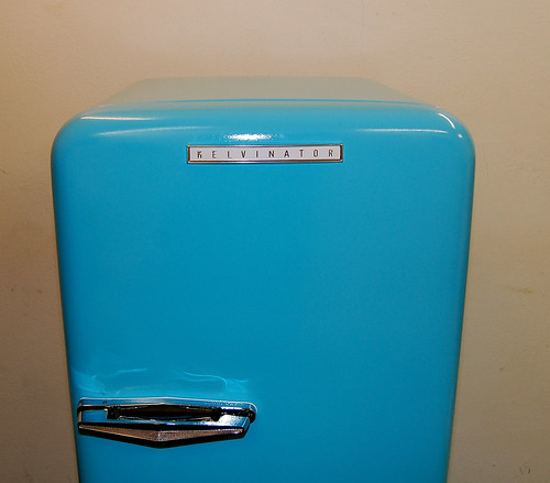 vintage/retro fridge