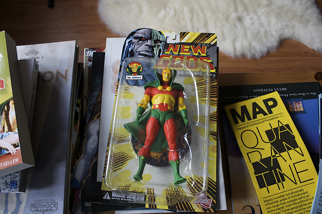 DC Direct New Gods Series 1: Mr. Miracle
