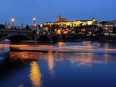 river rush hour (werner boehm *) Tags: prague prag hradschin wernerboehm
