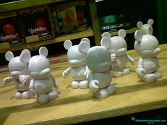 Vinylmation androids
