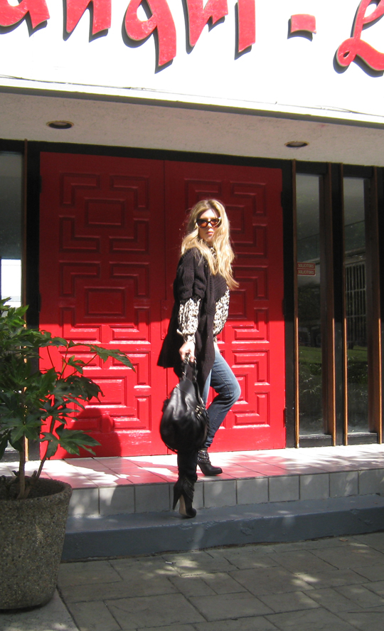 leopard blouse+jeans+boots with chains+red door+shangri-la -2