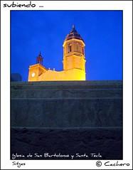 subiendo ... (marioadaja) Tags: luz azul noche spain negro iglesia escalera amarillo sitges catalua oro subir cachero iglesiadesanbartolomysantatecla
