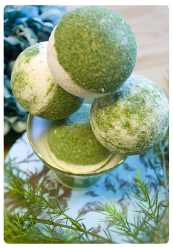 ergot - fine artisan bath bombs - luxurious bath fizzie of coriander kiwi sage and extra luscious vetivert 002
