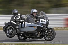 _DSC7555_b (urs_witschi) Tags: moto stc passenger motoguzzi sidecar guzzi gespann sicherheitstraining seitenwagen rundkurs stc2009 stc2009guzzi speewaldring