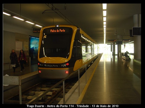 Flexity Swift - Metro do Porto 114 - Trindade - 12 de Maio de 2010