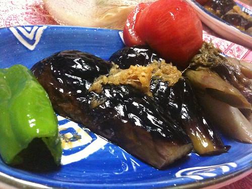 #jisui あちい季節には茄子の素揚げー。