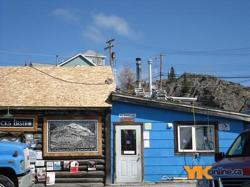 Bullocks gets a New Roof