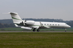 N816MG - 5187 - Chevron USA Inc - Gulfstream G550 - Luton - 100412 - Steven Gray - IMG_9764