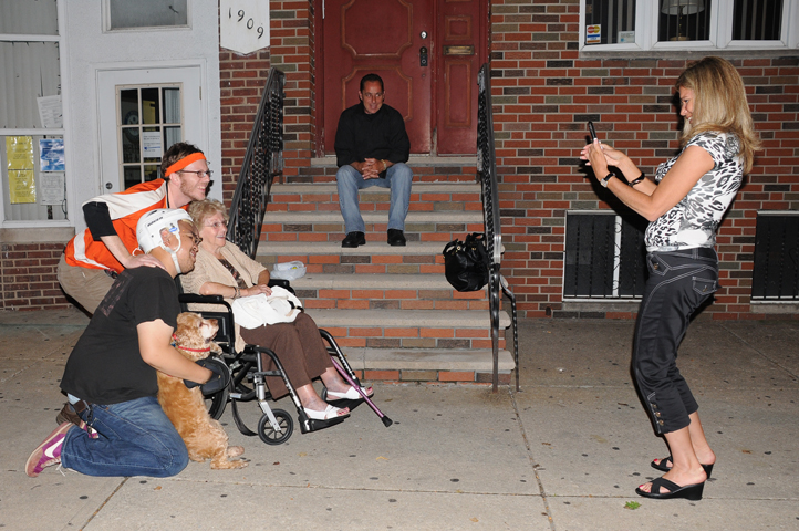 flyers fans mom-mom picture taker on broad st_4080 web