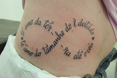 te amo infinity tattoo typography, typographic tattoo