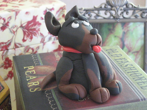 Fondant Doberman for Guarding the Cake