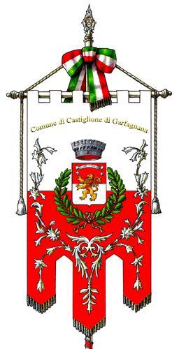 Castiglione_di_Garfagnana-Gonfalone