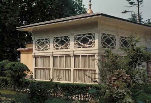 Kiosque de la terrasse, Sofa Köşku