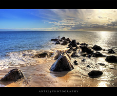 Shimmering Shore (II) :: HDR (Artie | Photography :: I'm a lazy boy :)) Tags: sea sky sun reflection beach water clouds photoshop canon sand rocks cs2 ripple tripod kitlens australia adelaide 1855mm southaustralia glenelg efs hdr artie blackrocks 3xp photomatix tonemapping tonemap 400d rebelxti