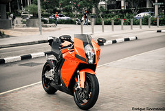 KTM RC8 (Enrique Fortunato) Tags: singapore ktm rc8