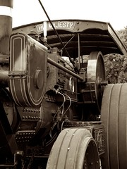 His Majesty 1 (Nick Carrier) Tags: sepia digilux2 steam tractionengine
