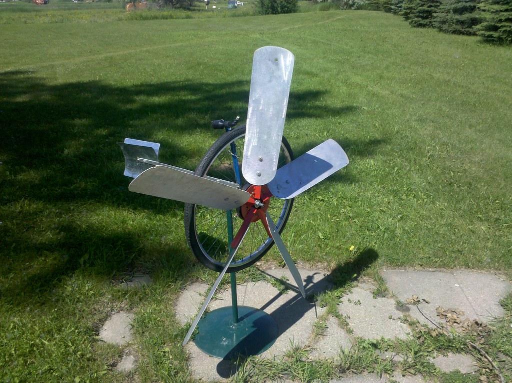 Homemade windmill! - I'm Just Walkin'