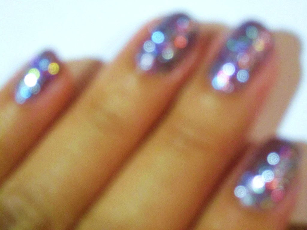 day 164: blurry bokeh nails