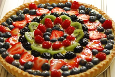 Fresh Fruit Tart with Lemon Curd