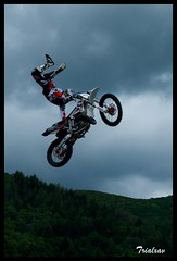 Show Fmx a l'occasion du Plerinage des motars (Trialxav) Tags: apple macintosh mac nikon freestyle osx des motocross lourdes fmx d60 motards plerinage trialxav