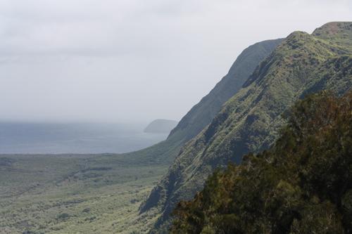 20101013_KaluapapaPeninsulaCliffs3