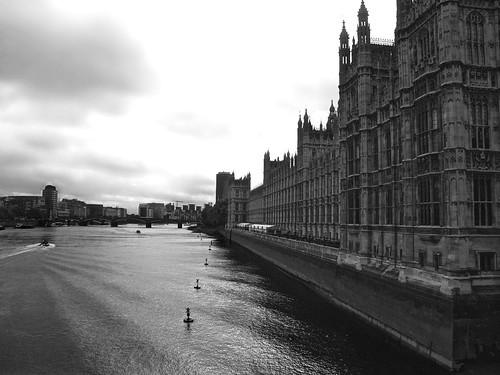 Tamesis y Westminster by Hotu Matua