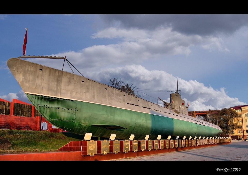 фото: S-56 Submarine. Vladivostok.  Подводная лодка C-56. Владивосток.