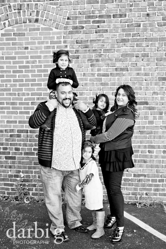 blog-Kansas City family child kids photographer-DarbiGPhotography-Rfam-2010-200