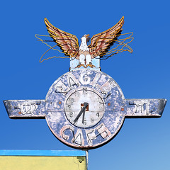 Eagle Cafe, Fresno, CA (babago) Tags: sign signage savethesign signgeeks fresno california decay rusty vintage design