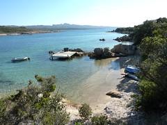Presqu'île de Campo Mezzano : crique avec ponton et ancienne paillote