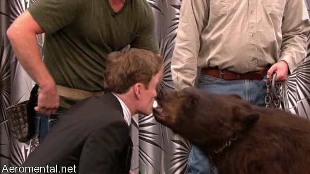 último Conan O'Brien The Tonight Show oso