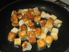 Frying the paneer