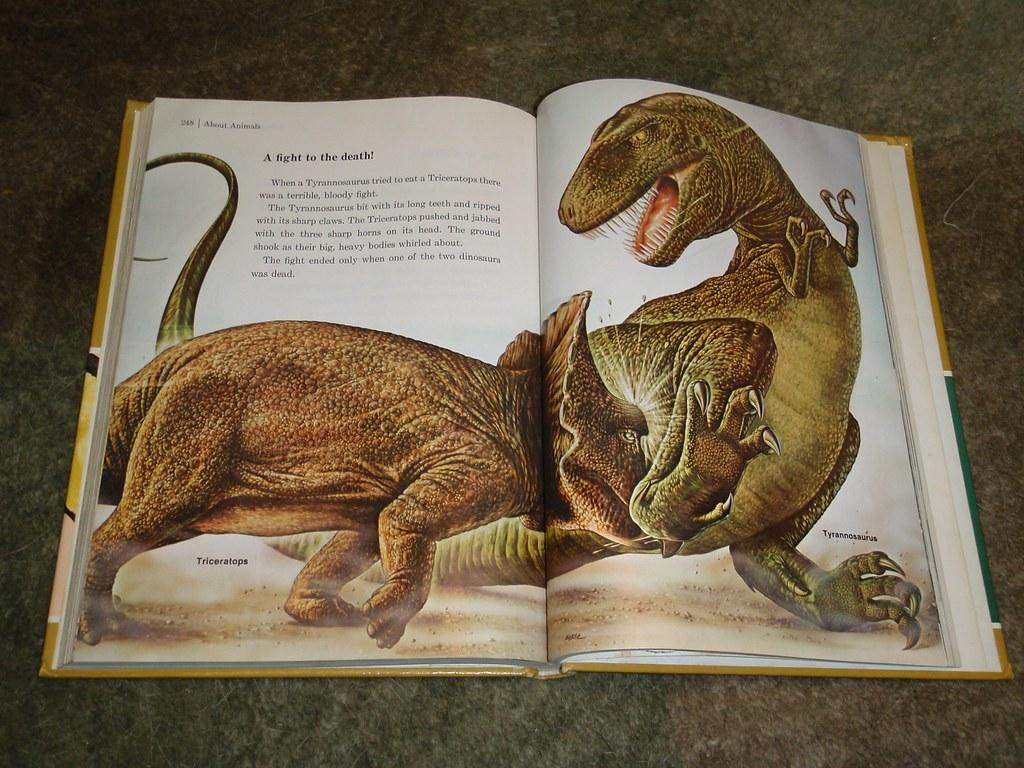 Dinosaur fight from 1980 Childcraft book P1180780