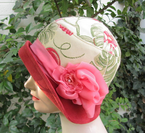 1920s Cloche Fashion Hat