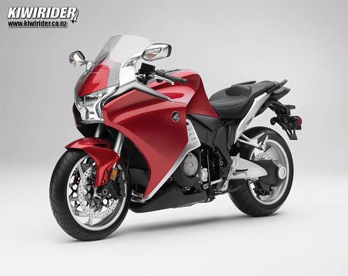 Honda VFR1200 tech 48