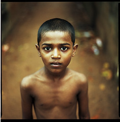 I Am A Tamil #3c, Tamil Nadu 2010 (Kal Khogali Photography) Tags: portrait india colour nc am kodak bronica 400 medium format sq portra tamil ai nadu i