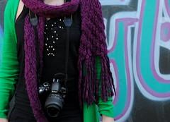 (morghis) Tags: color verde nikon arte milano azzurro nero sciarpa 2010 ragazza mondo febbraio giada senzatesta d3000 pomeriggiostudio febbraioduemiladieci