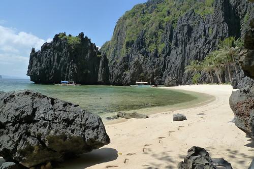 Secret Lagoon Beach El Nido Palawan