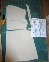 Vintage McCall's 5921 Maternity Dress Muslin in Progress: Muslin 2